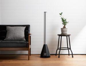 空気清浄機能付スリムタワーファン黒 利用シーンイメージ